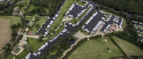 Broadsedge Riverside Camping